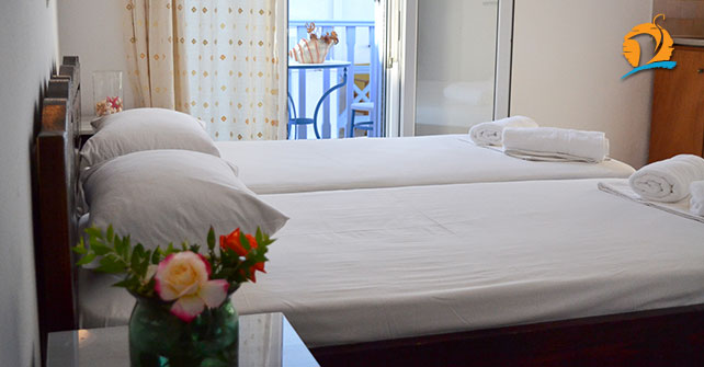 Kostas Teacher Antiparos   Antiparos hotels, rooms & accommodation